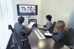離れた場所の社員ともビジュアルコミュニケーションでコストと業務プロセスを改善