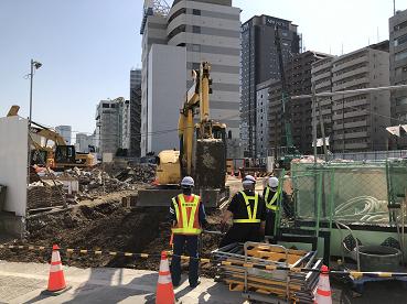 解体工事が進む泉岳寺駅地区